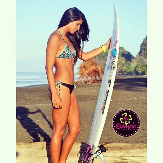 Nataly Bernold - Camelo Bikinis