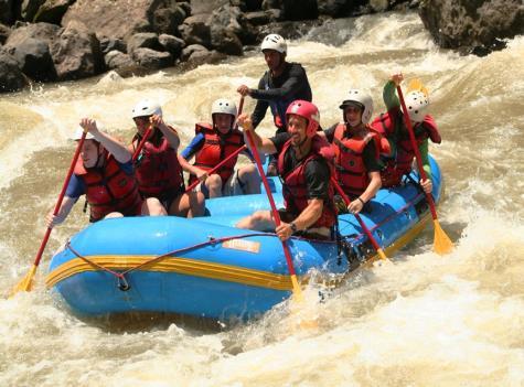 Costa Rica rafting