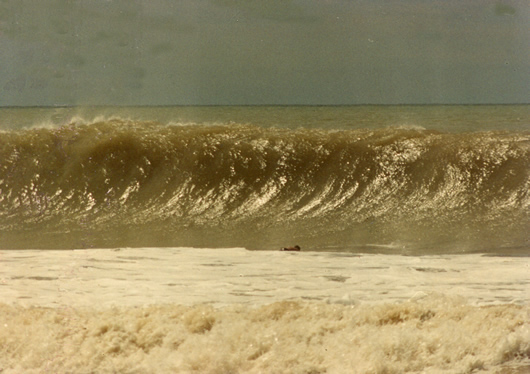 Dominical big waves