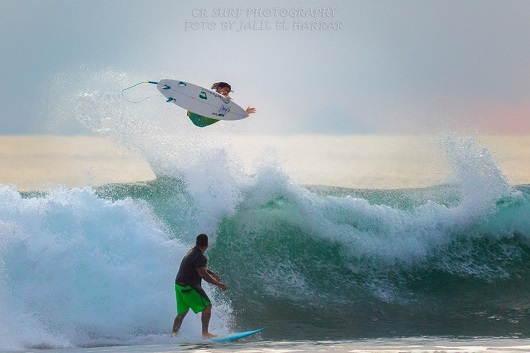 Jair Perez Quiros   Playa Jaco Costa Rica   Foto por Jalil El Harrar