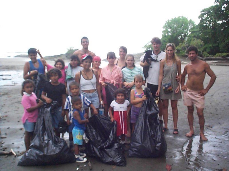 Costa Rica beach cleanup crew
