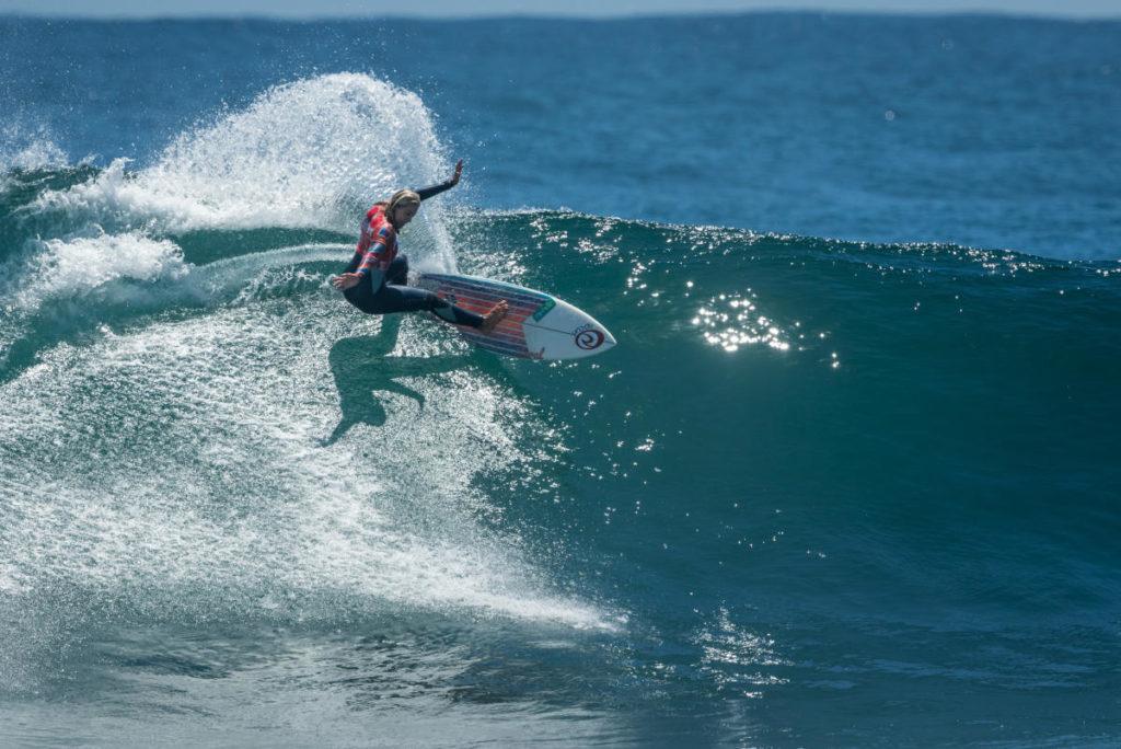 Leilani McGonagle surf