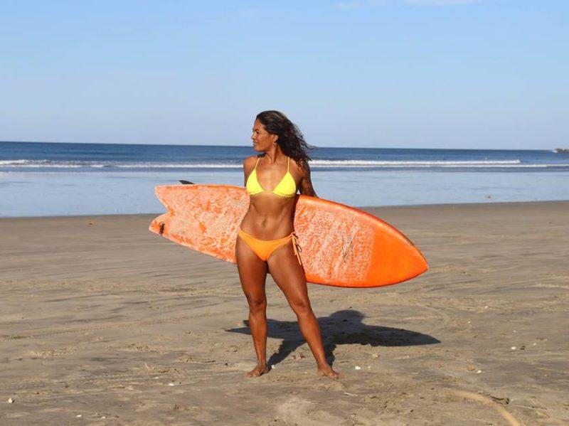 andrea-diaz-surfer