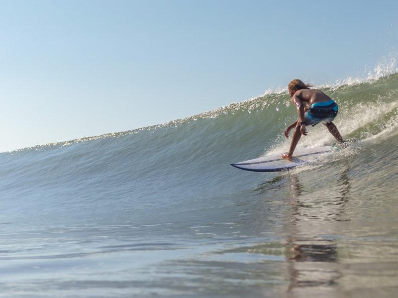 Dominical wave - photo by Via de Agua