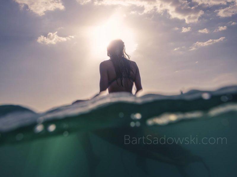 sunset-surf-girl-photo-bart-sadowski