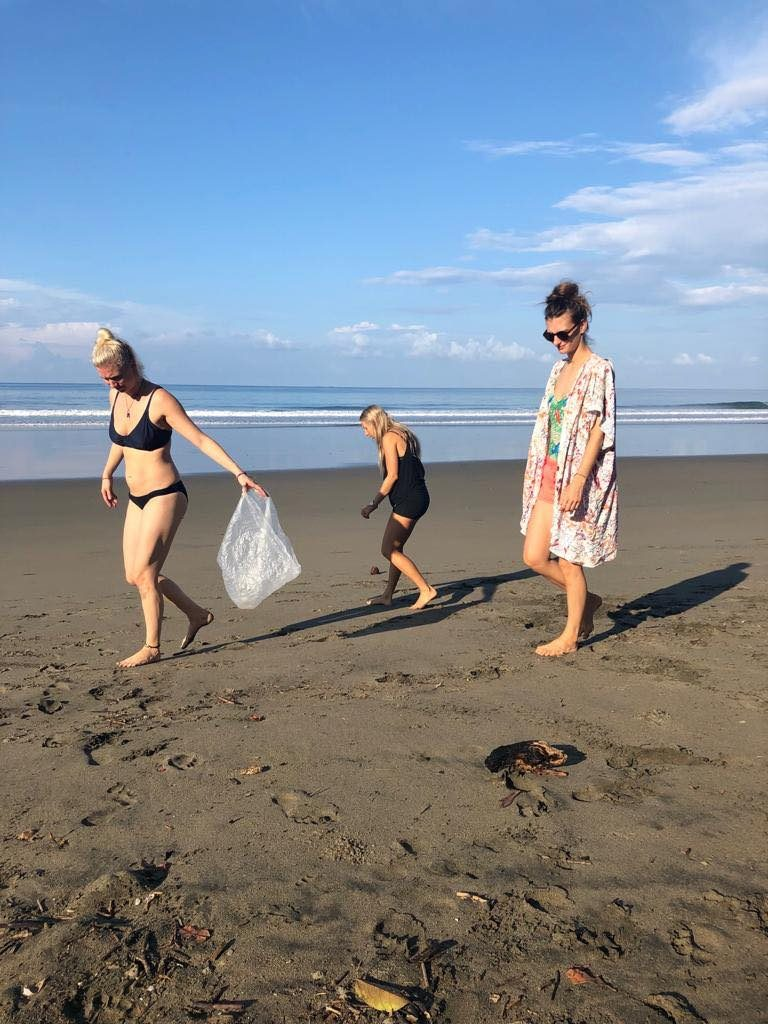 beach cleanup Playa Hermosa