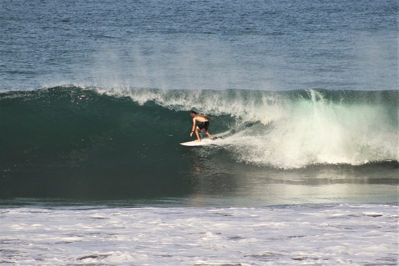 gromsearch-barrel-playa-hermosa