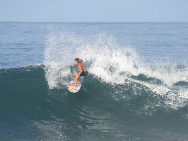 playa-negra-surfing