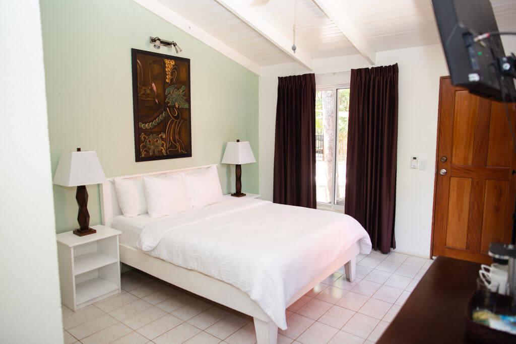 ripjackinn-bedroom1