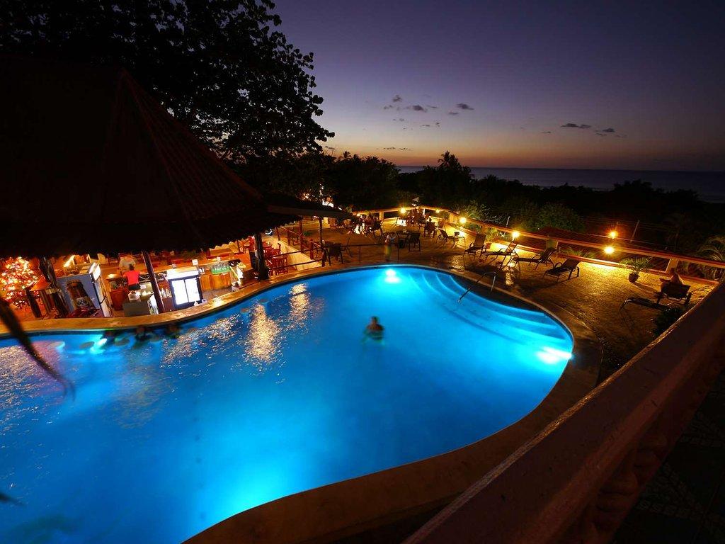 tamarindo-vista-villas-sunset-from-the-pool