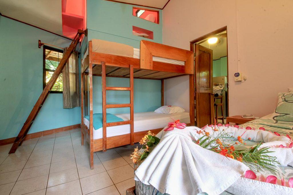 the-buena-vibra-collective-nosara-bunk-beds