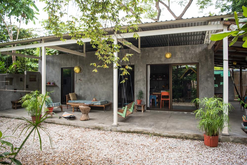 don-jons-santa-teresa-house-porch