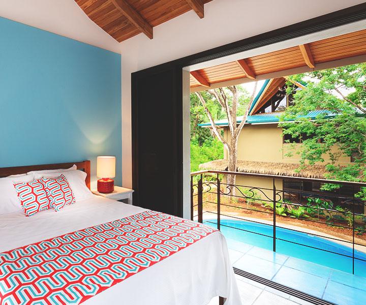 olas-verdes-accommodations-poolside-suite