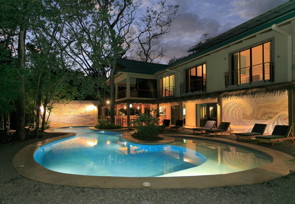 olas-verdes-hotel-nosara-pool