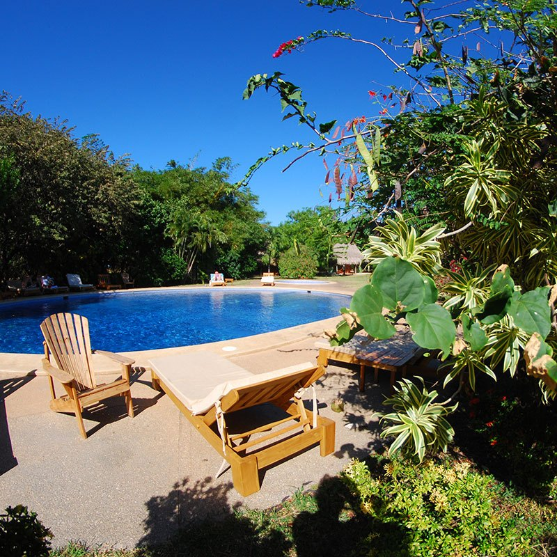 playa-negra-hotel-pool