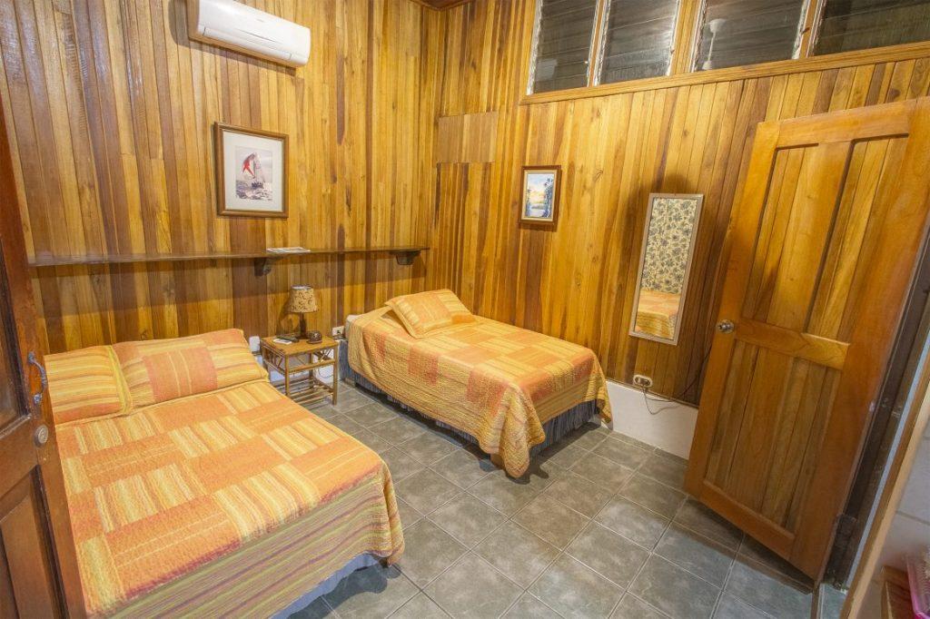 rancho-coral-esterillos-bedroom3