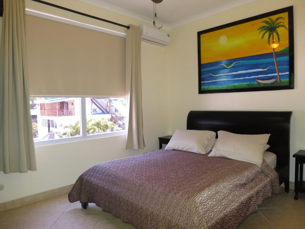 surf-inn-hermosa-Master-Bedroom