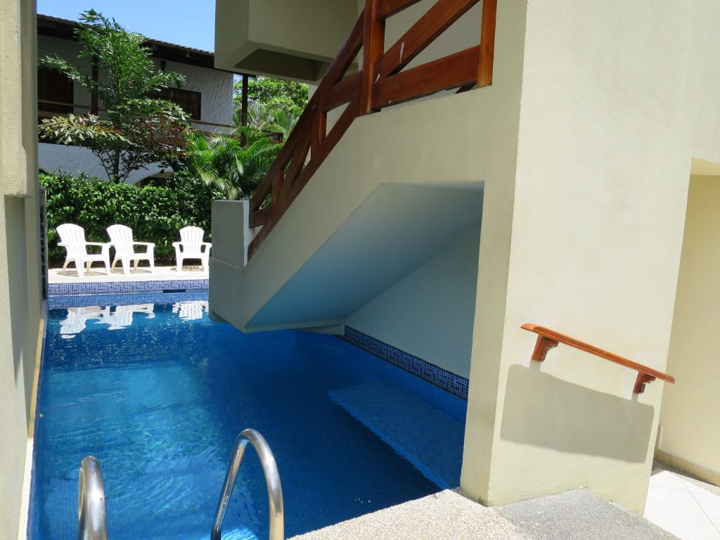 surf-inn-hermosa-Pool