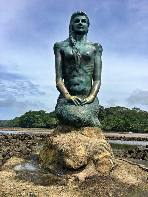 esterillos-mermaid-statue