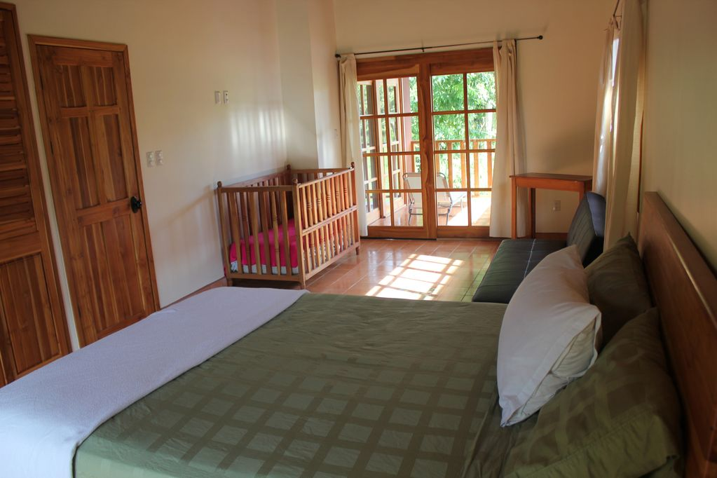 dominical-home-rental-bedroom