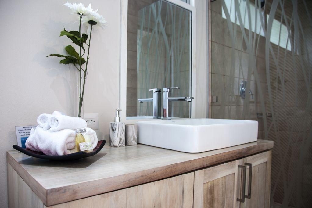 hermosa-retreat-HR3-bathroom