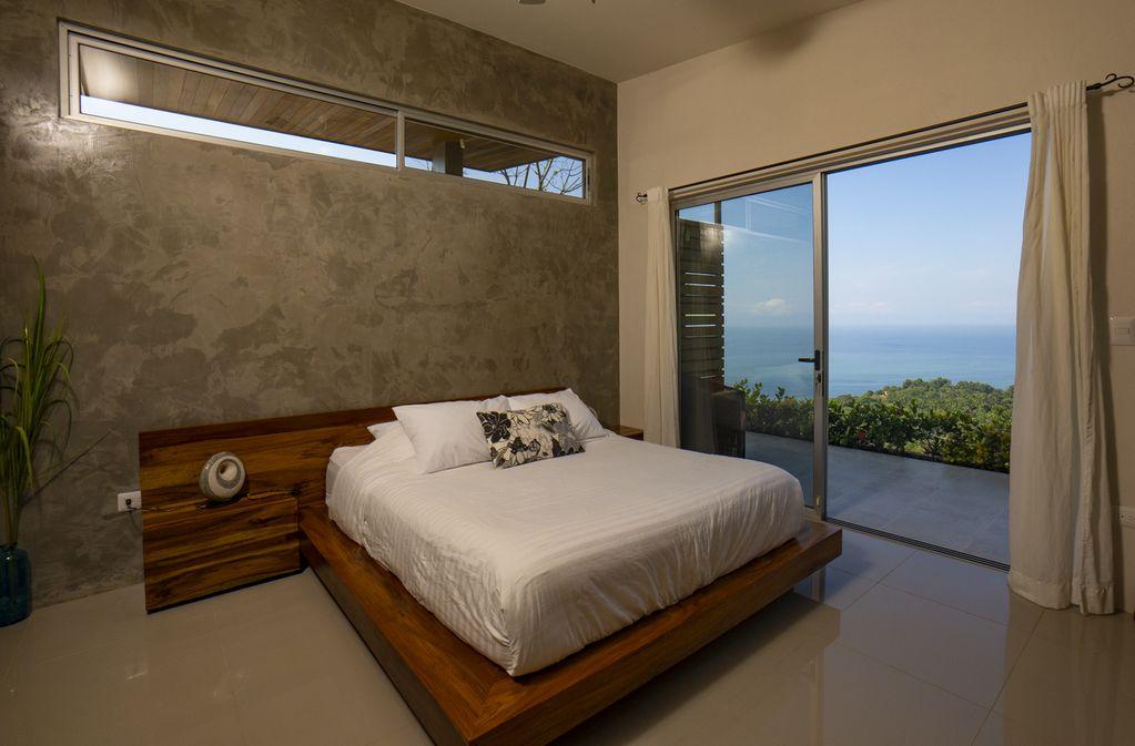 hermosa-retreat-HR3-bedroom-2