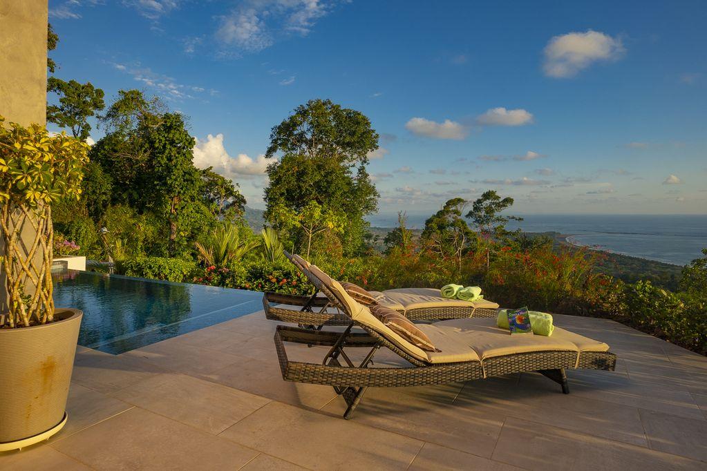 hermosa-retreat-HR3-patio-ocean-view