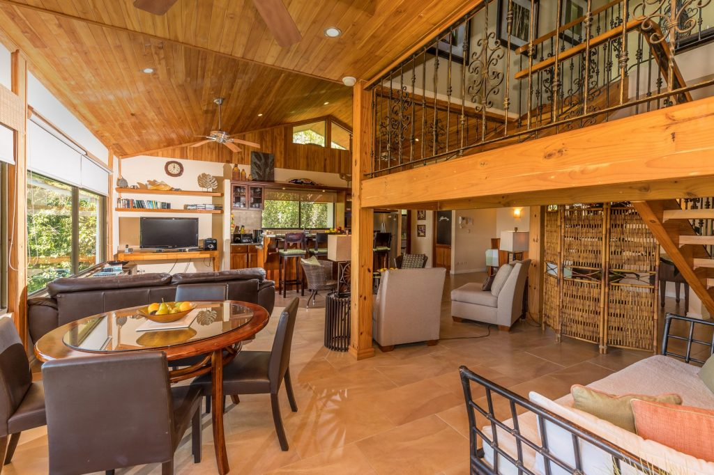 manuel-antonio-house-sophia-living-room