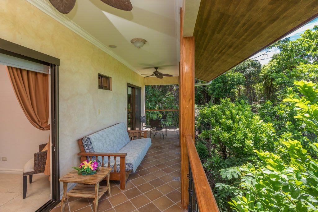 manuel-antonio-house-sophia-porch