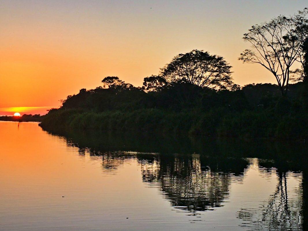 Rio-Baru-Dominical-sunset